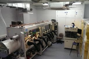 Photograph of the device fabrication laboratory.
